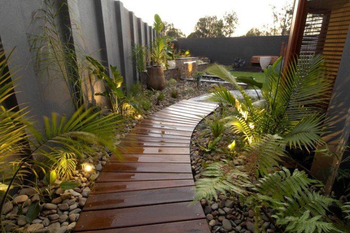 سیستم گسترده برای کاهش چمن و گیاهانی که ریشه عمیق ندارند